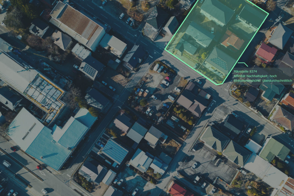 photono feature analysis based on aerial photo evaluations with artificial intelligence.